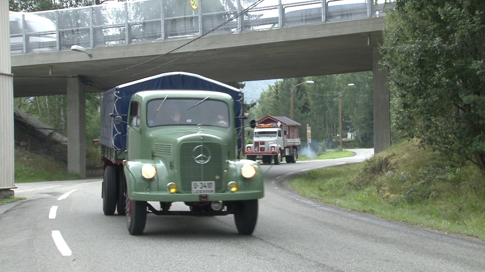 Veteranlastebiler gjennom Modum