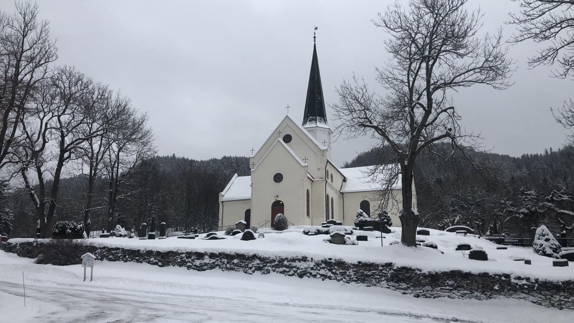 Gudstjeneste fra Heggen kirke søndag kl. 11:00