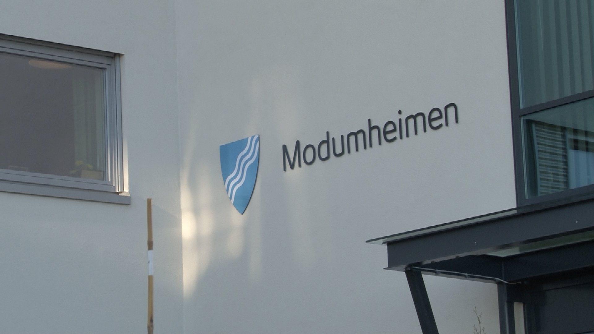 Ansatt ved Modumheimen er smittet