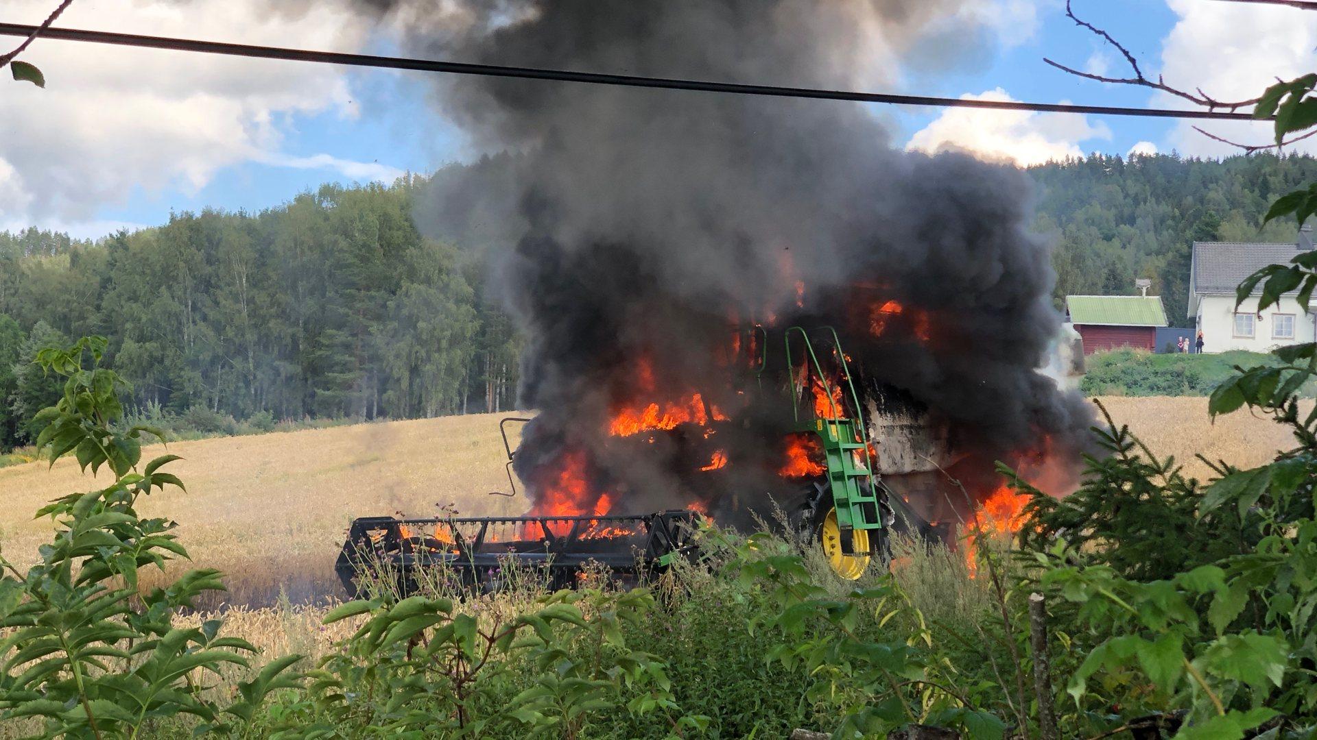 Brann i Skurtresker ved Nestegården